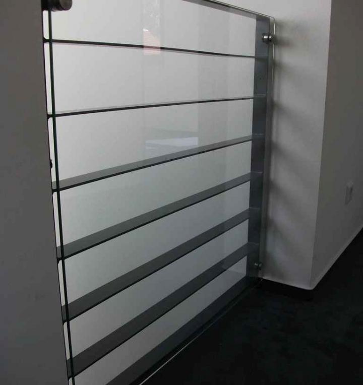 Stahl Glasgelaender