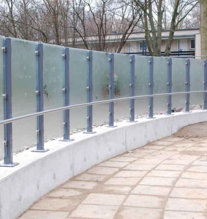 Stahl Glastrennwand